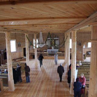 Švč. Mergelės Marijos gimimo bažnyčios interjeras