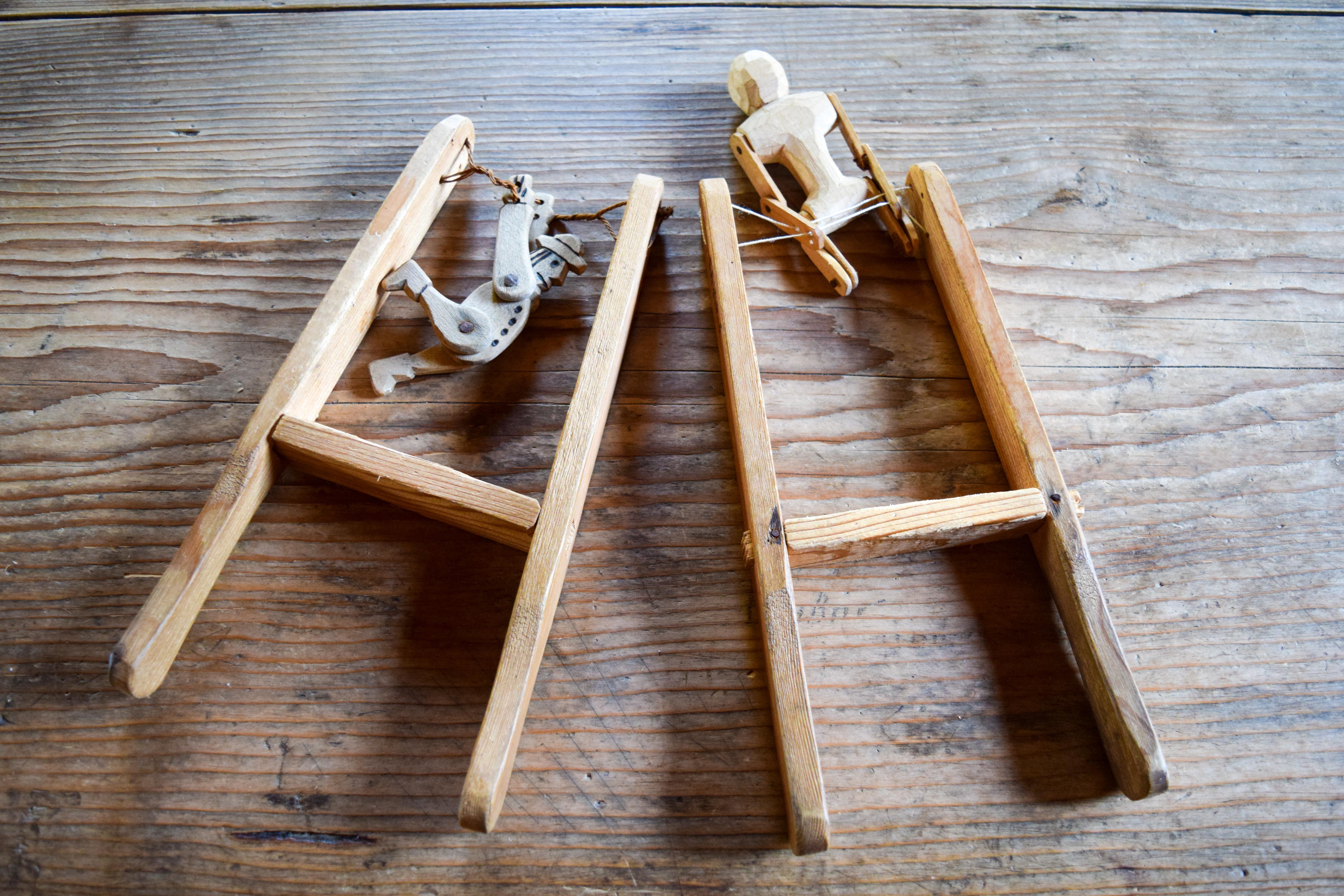 Gimnastai, kurie vartosi ant slankiojančių virvučių. E. Braziulienės nuotrauka.